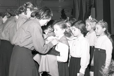Rok 1951: Vianočný pioniersky sľub