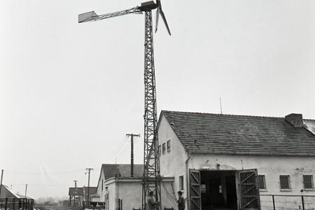 Rok 1983: Prvá veterná elektráreň je vo Voderadoch