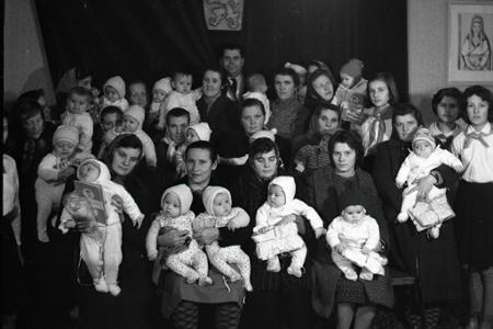 Rok 1965: V Papradne uvítali do života 54 novorodeniatok
