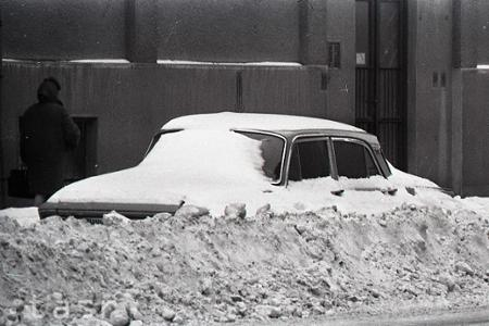 Mestá zasypal sneh
