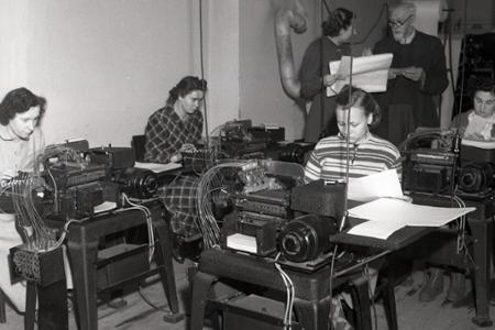 Rok 1953: Pokus o prvé výpočtové stredisko