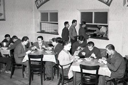 Rok 1952: Výchova pracovných rezerv pre bane