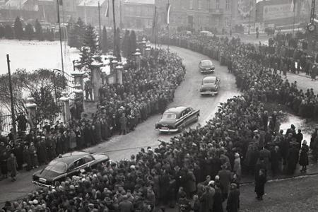 Rok 1959: Do Bratislavy pricestovala delegácia bratského Albánska
