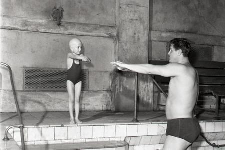 Rok 1963: Kurzy plávania v Grösslingu