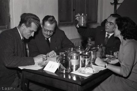 Rok 1958: Najlepší slovenský kompót je višňový
