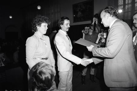 Rok 1985: Petržalka má stotisíceho obyvateľa