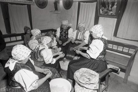 Rok 1972: Tradícia páračiek je na Liptove stále živá