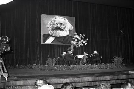 Rok 1956: Marxov Kapitál už aj v slovenčine