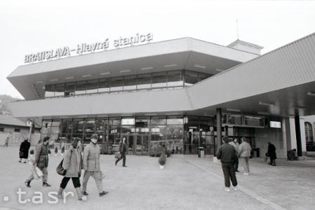 Rok 1990: Bratislava má modernú budovu železničnej stanice