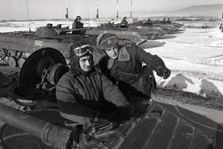 Rok 1985: Vysoké vyznamenanie pre motostrelcov