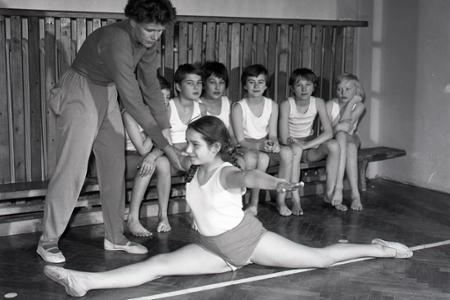Rok 1964: Gymnastika na školách