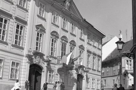 Rok 1975: Sprístupnili Mirbachov palác v Bratislave