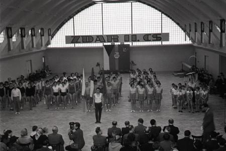 Rok 1960: V Bratislave otvorili novú telocvičňu