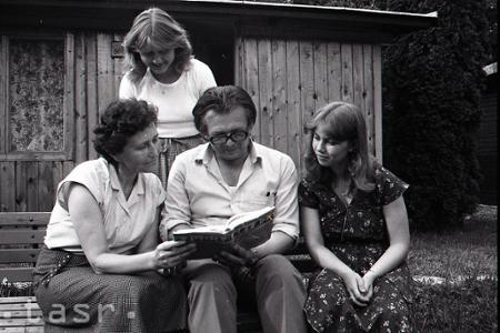Rok 1982: Záujemcovia o esperanto mieria do Jasova