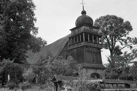 Rok 1974: Na Liptove zachraňujú drevený kostol z Paludze