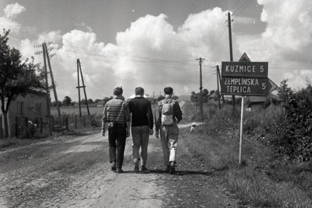 Rok 1965: Pešo naprieč republikou
