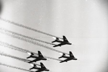 Rok 1964: Najväčší letecký deň na Sliači