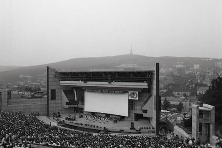 Rok 1984: V Bratislave otvorili nový amfiteáter