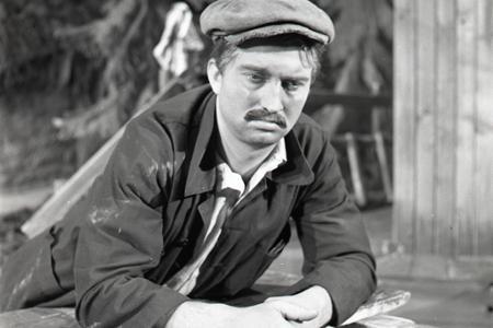 Rok 1952: V ND má premiéru hra L. Mňačka Mosty na východ