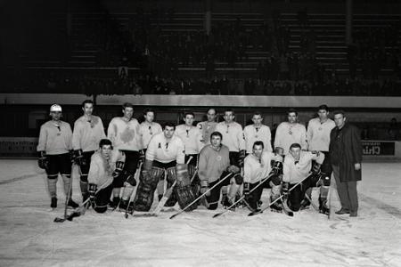 Ladislav Horský priviedol hokejový Slovan k jedinému čs. titulu