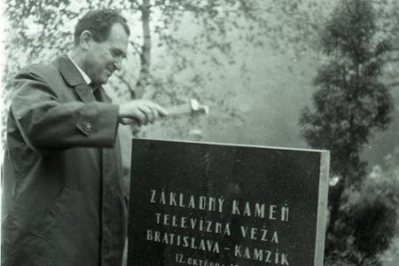 Rok 1967: Základný kameň pre tv vysielač Kamzík v Bratislave