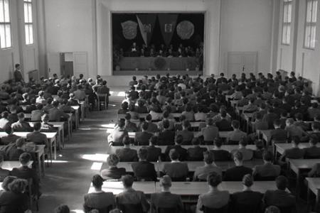 Rok 1952: Prvý školský rok na novozriadenej VŠ v Košiciach