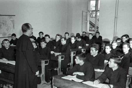 Rok 1965: Výchova kňazského dorastu