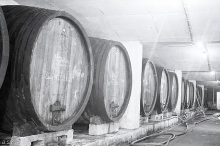 Rok 1963: Nový vinársky závod v Rači