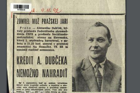 Rok 1992: Stránky novín zaplnili správy o smrti Alexandra Dubčeka
