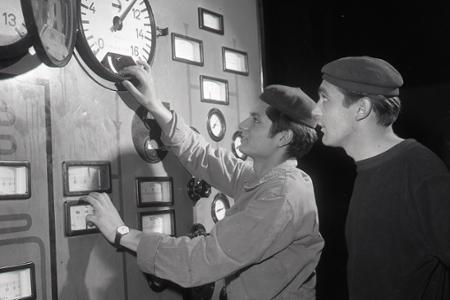 Rok 1963:V Novákoch vychovávajú kádre pre elektrárenské prevádzky