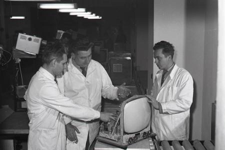 Rok 1964: Prvá opravárenská linka na televízory