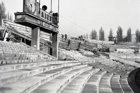Rok 1957: Bratislava bude mať futbalový štadión pre 60.000 divákov