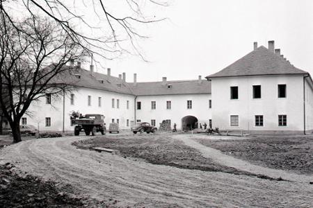 Rok 1958: V Báči otvorili domov dôchodcov