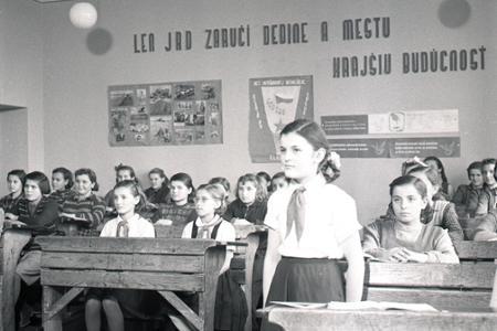 Rok 1952: Najlepší pionieri idú na rekreáciu