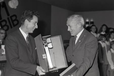 Dušan Roll je uznávanou osobnosťou slovenskej knižnej kultúry