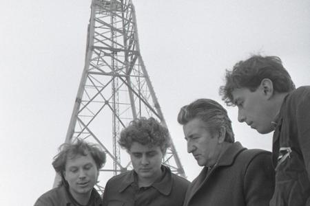 Rok 1988: V Sečovciach montujú experimentálnu veternú elektráreň