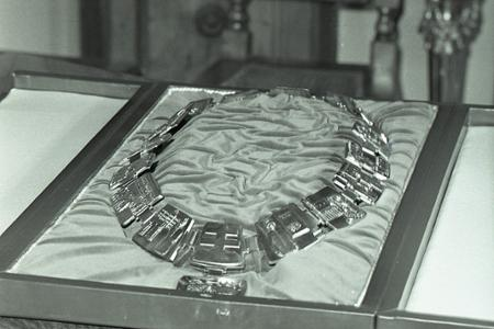 985bef3d4d2d Stalo sa vtedy · Rok 1970  Primátora Bratislavy bude zdobiť primátorská  reťaz