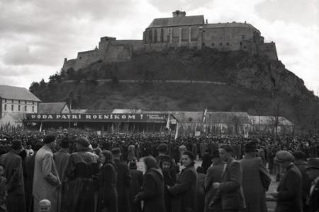 Rok 1948: Oslavy stého výročia zrušenia poddanstva v Nitre
