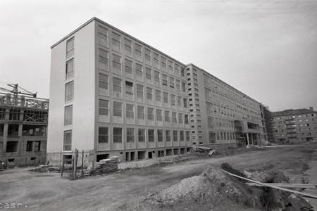 Rok 1961:V Bratislave je najmodernejšia škola v strednej Európe