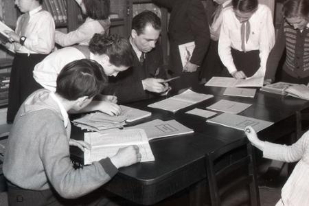Rok 1954: Popoludnie medzi sučanskými pioniermi