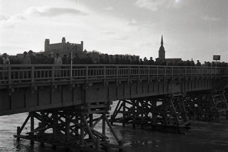 Rok 1945: Osloboditelia postavili v Bratislave most cez Dunaj