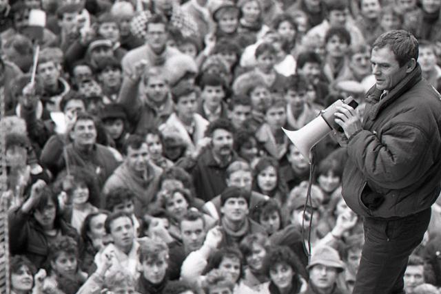 Rok 1989: Komunistický režim v Československu sa zrútil - fotografie - Vtedy