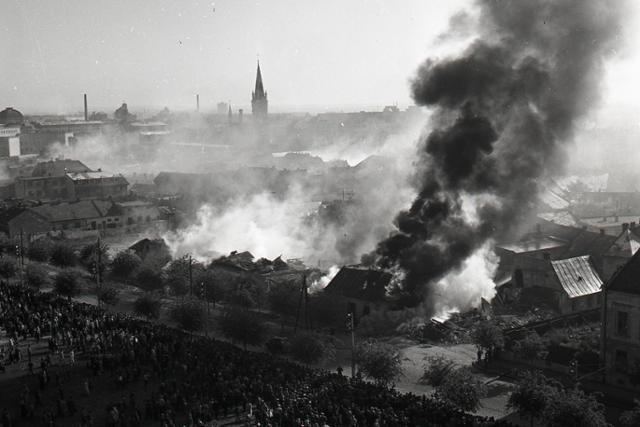 Rok 1958: Bratislava zažila cvičný atómový útok - fotografie - Vtedy