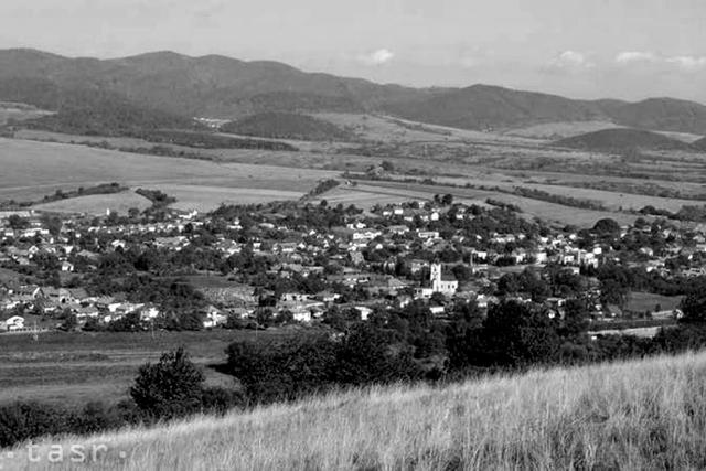 Pečovská Nová Ves: Ľudia tu žili v kaštieľoch i chudobných chyžiach - fotografie - Vtedy