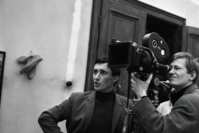 Rok 1966:J. Jakubisko nakrúca na Kolibe svoj  debut Kristove roky - fotografie - Vtedy
