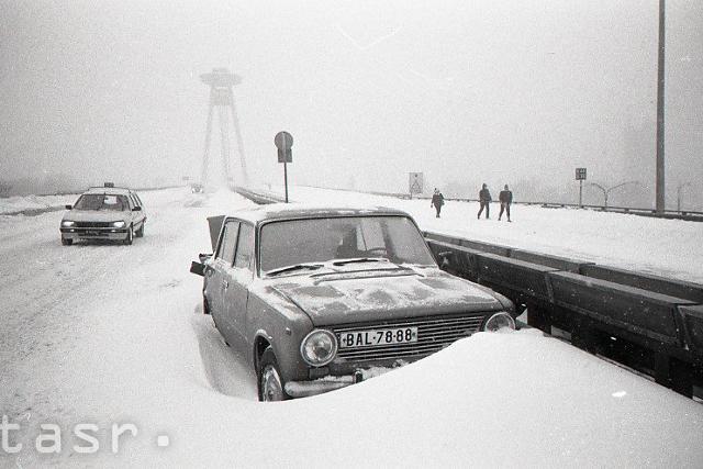 Rok 1987: Snehová kalamita v Bratislave - fotografie - Vtedy