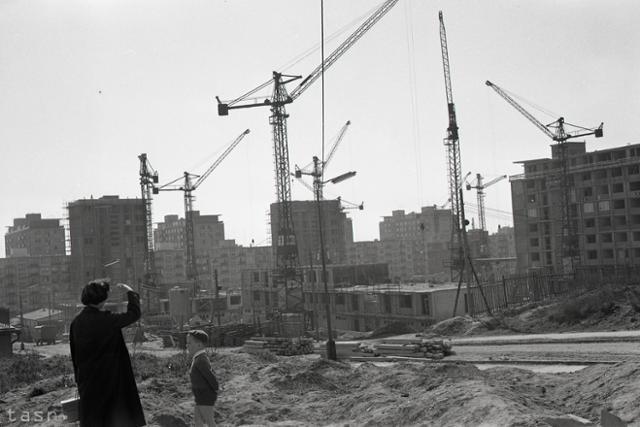 Rok 1961: V Bratislave vyrastá ďalšie sídlisko  - fotografie - Vtedy