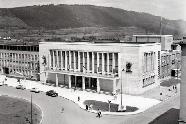 Rok 1963: V Žiline otvorili Dom odborov - fotografie - Vtedy