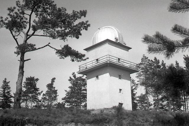 Rok 1961: Pri Banskej Bystrici zriadili ľudovú hvezdáreň  - fotografie - Vtedy