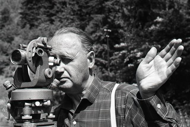 Rok 1966: Cez Malý Šturec autom - fotografie - Vtedy